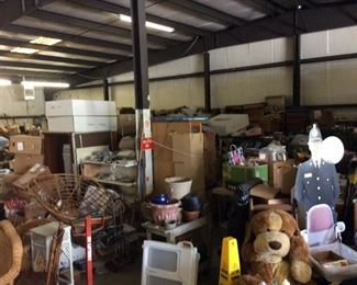LIQUIDATION OF WAREHOUSE FULL OF COLLECTIBLES, MEDICAL ASSIST ELECTRIC LIFTS AND CHAIRS