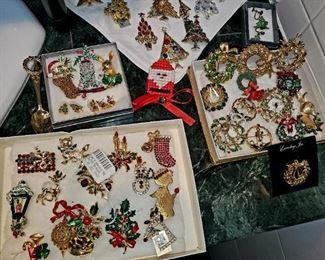 Vintage, Christmas Pins, Eisenberg Ice
