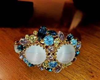Cuff bracelet,  Costume Jewelry,  thousands of pieces,  Elsa Schiaparelli, Schriener NY, Kramer NY, Hobe, Boucher, Regency, Vendome, Lisner, Trifari. W. German, Japan, unmarked