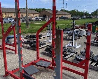 Hammer Strength Model OPR Model B00 Squat Rack