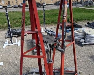 Mac Transmission Jack And 2 Auto Stands