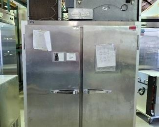 McCall Commerical Refrigerator and/or Freezer 4-4045F