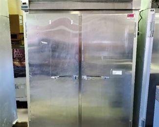 McCall Refrigerator 4-4045