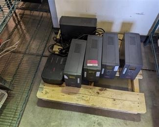 Lot of 5 battery back ups and 1 surge protector