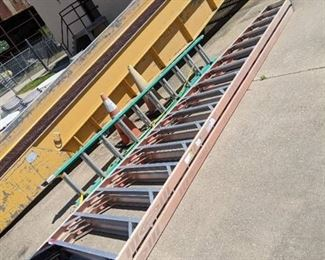 Lot of 2 Ladders