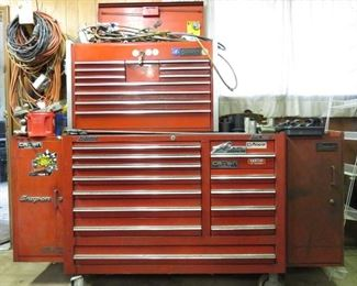 Bigger Snap-on chest/drawer/cart!  (tools and key included)