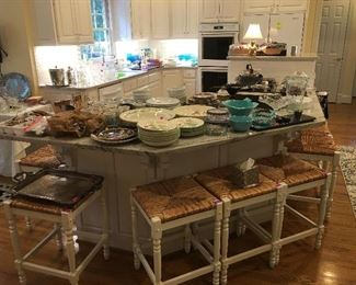 Those bar stools...MAGNIFICENT!  And as you see here, there are more kitchen items than you can 'shake a stick' at!