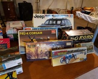 Many model kits, puzzles, games