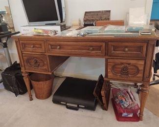 Very nice solid wood desk