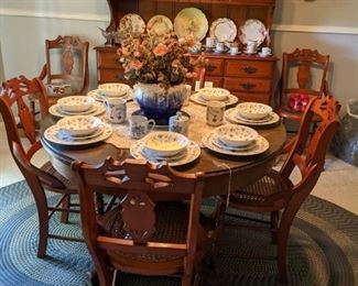 Set of 6 Antique cane seated chairs and Antique Round Oak Pedestal table