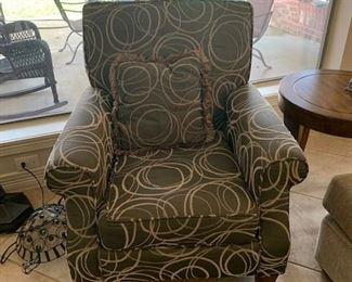 Dark Gray and Cream Geometric Circle Comfy Chairs