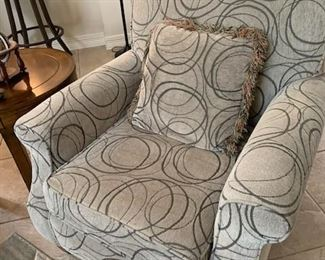 Light Gray and Cream Comfy Chair