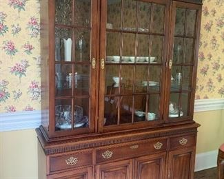 Statton Old Towne Finish Cherry Lighted China Cabinet
