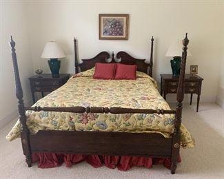 Ethan Allen Georgian Court  4 Poster Bed