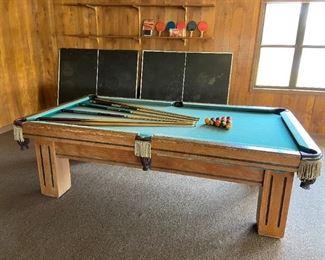 Pool/Ping Pong Table