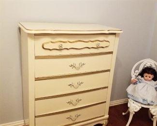 dresser,