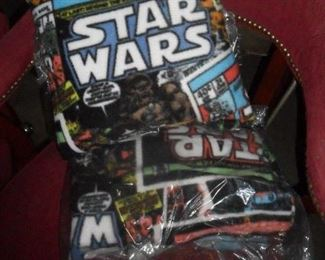 Star Wars pillow and throw