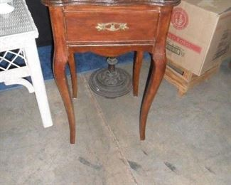 One draw side table
