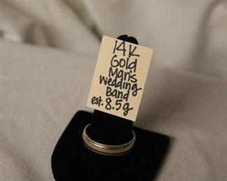 14k gold Man's wedding band