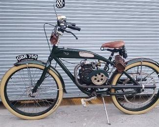 Triumph Twin gas powdered bike