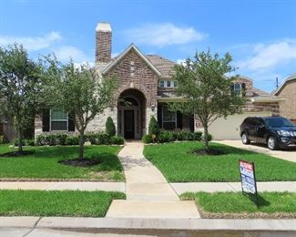 Beautiful Home - It sold everything has to go!!