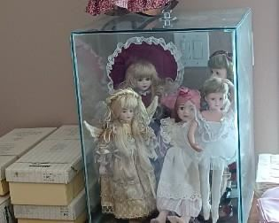 Variety collectible Dolls