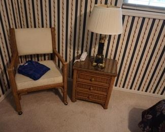 chair, side table, lamp