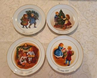 4 Avon Christmas Plates