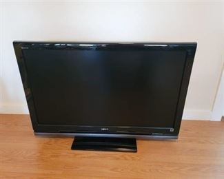 Sony Bravia LCD Digital Color TV 42 Screen with Remote