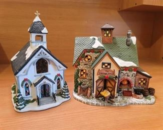 2 Santa's Workbench Christmas Village Pieces~ Church and Carriage House