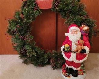 Large New Wreath and Santa