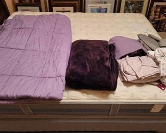 4 Sheet Sets~ XL Twin~ Blanket and Comforter