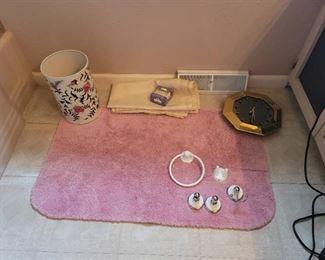 Bathroom Rug, Shower Curtain, Fixtures, Trash Can and Clock