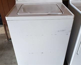GE Super Capacity Plus Washer ~ Model WLSE3150A0WW ~ with hoses