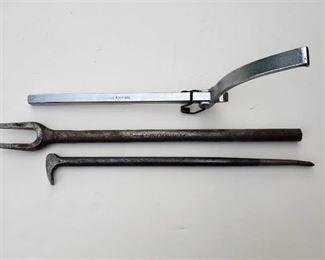 Snap on Flywheel Turner, Split Wedge Tie rod Knuckle Specialty Tool and 16 in. Lady Foot