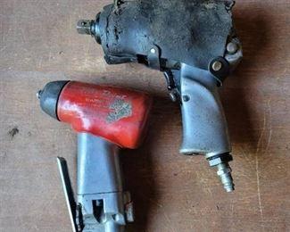 2 pneumatic power tools
