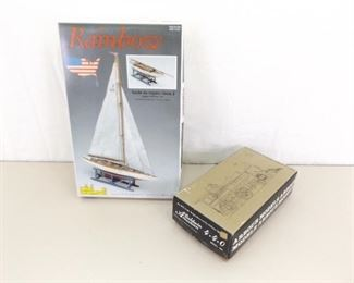 Vintage Arbor Model #108 Baldwin 4/4/0, andMini Mamoli Ship Model Kit