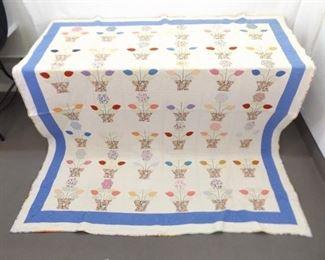 "73"" x 86"" Vintage Hand Made Flower Basket Quilt"