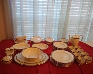 14. BEAUTIFUL LIKE NEW LENOX CHINA SERVICE FOR 8 PLUS SERVING PIECES  $425