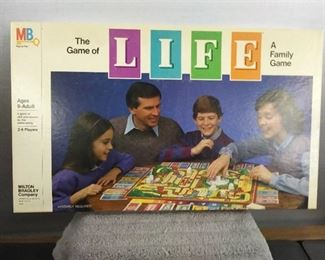 Games - 1982 Life Board Game with All Pieces