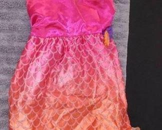 Disney & Other Girl Dress up