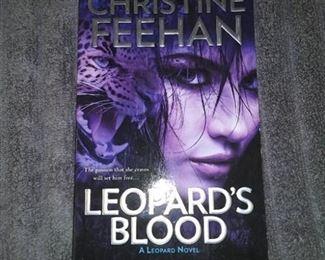 Books - 6 Romance Novels By Christine Feehan & Christine Warren
