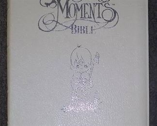 Books - 1 Plush Lion & Picture/ 1 New Precious Moments Bible NKJV & 2 Spiritual Kids Books