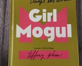 Books - Girl Mongul By Tiffany Pham & 3 Romance Novel