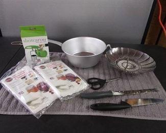 Metal Strainer/ 2 Bleached Cheesecloths/ 2 Knifes/ Scissors/ Veg Strainer & Apple Shot Carver