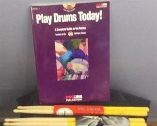Play Drums Today Guide Book No CD , 2 Sets Of Drum Sticks