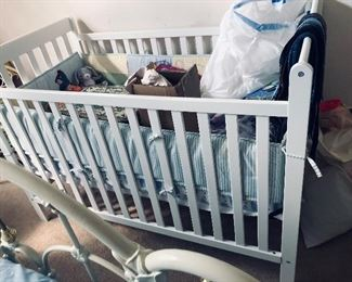 baby bed with lots of baby things!! Pooh bumper