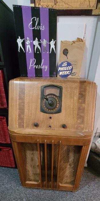 Philco 38-3 Vacuum Tube Radio