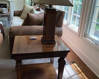 wood end / side table