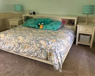 girls / teen Pottery Barn bedroom set + full mattress & bedding - platform bed with bookshelf , matching nightstands, dresser, desk & additional bookshelf